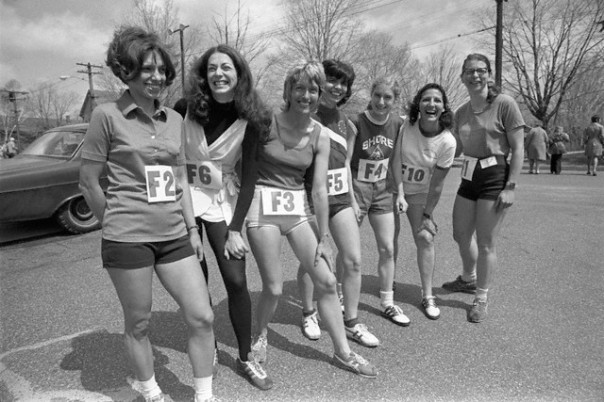 Some of the female runners at the 1972 Boston Marathon (Image © Bettmann/CORBIS)