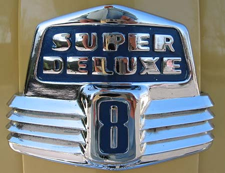 Ford Super Deluxe V8 (gomotors.net)
