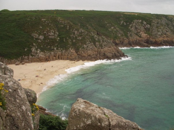 Porthcurno Bay (wikimedia commons)