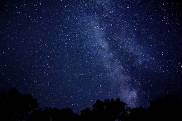 422408-night-sky